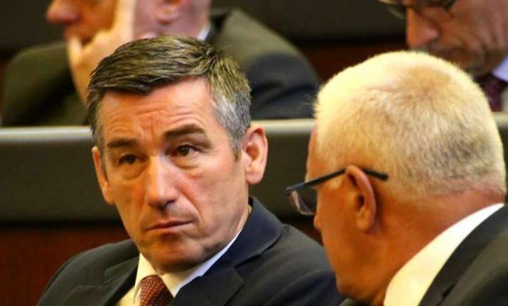 Grabovci flet me përçmim për Veselin: More çfarë vendimi të kryetarit! Çfarë largimi!