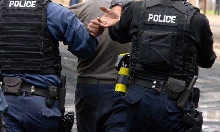 Dy të arrestuar për prostitucion në Prizren