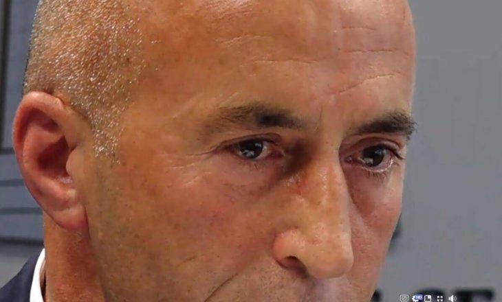 Kjo është video kur Haradinajt i dalin lotët për shkak se po lë postin e kryeministrit