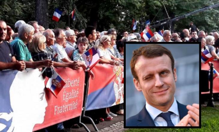 """""""Kosova është e pavarur"""" – Serbët e duartrokasin Macronin pas kësaj fjalie!"""