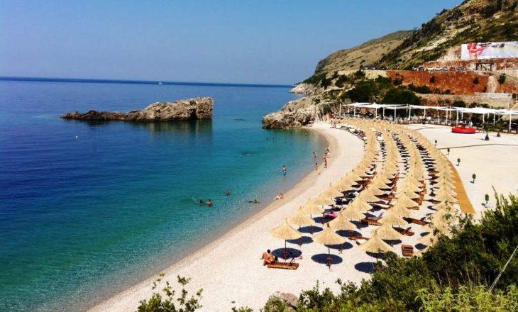 Shqiptarët, pushime të shtrenjta