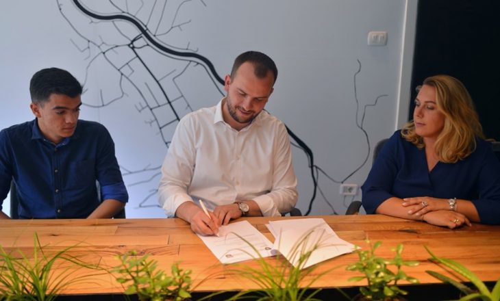 Qëndron Kastrati emëron dy drejtorë të rinj