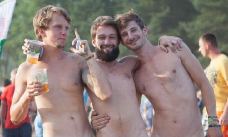 """Festivali i """"çmendur"""" ku njerëzit shkojnë tërësisht nudo!"""