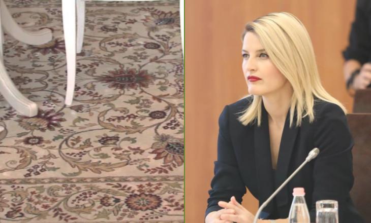 Ministria e Integrimeve Evropiane blenë 1 mijë euro tepihë për korridore