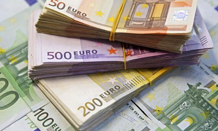 Euro hyn sërish në ciklin rënës