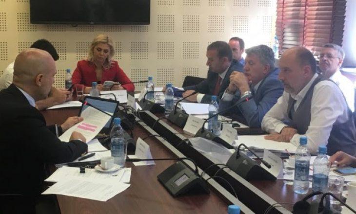 Agron Mustafa përplaset me Milaim Zekën – kërkon largimin e tij nga Komisioni