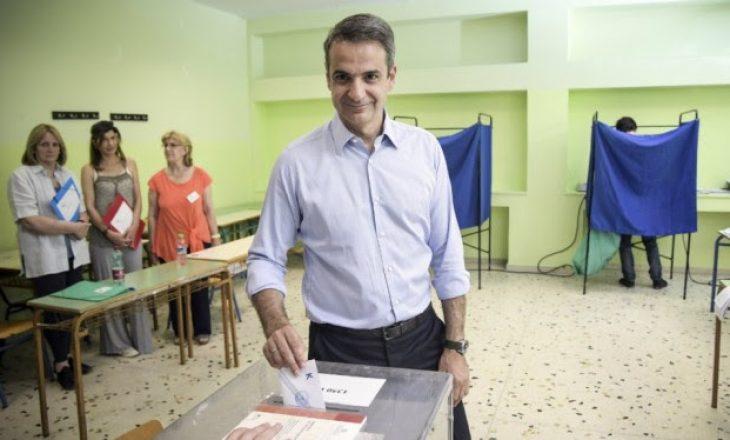 Përfundon votimi në Greqi, Exit Poll: Demokracia e Re, fituese