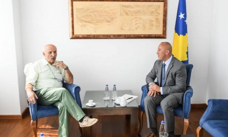 Haradinaj takohet me ish-rektorin e UP-së për ta diskutuar Kullën e Çakorrin