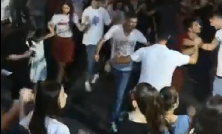 Mbrëmë u shokuan nga Fjolla Morina, sonte kris vallja në Skenderaj
