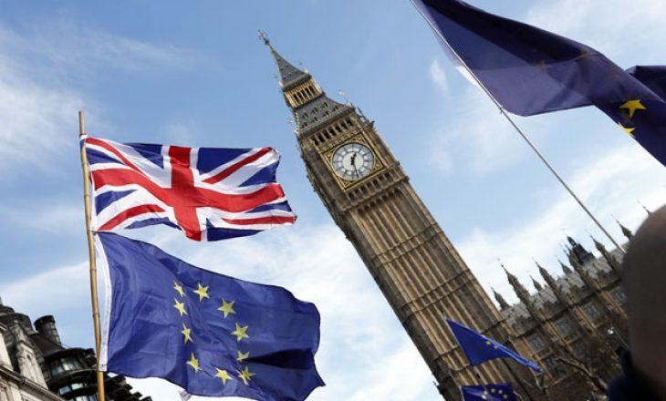 Brukseli i vendosur, Brexit edhe pa marrëveshje