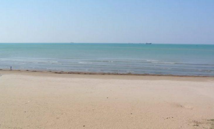 Gjendet i vdekur në breg të detit një person në Durrës