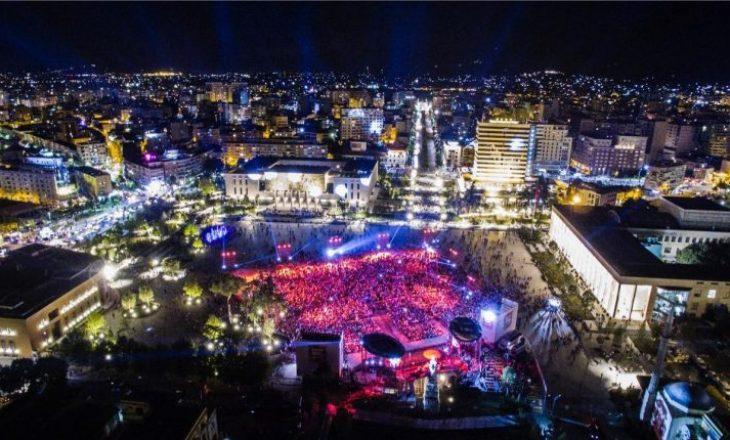 """""""The Sun"""": Tirana mes dhjetë qyteteve të preferuara nga britanikët"""