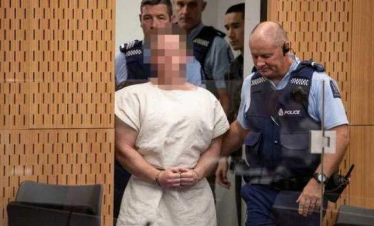 """Sulmuesi i xhamive në Zelandën e Re shkruan letër nga burgu, paralajmëron një """"konflikt të madh"""""""
