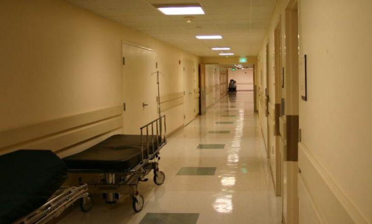 Masakër në spitalin psikiatrik në Rumani, katër të vrarë nëntë të lënduar