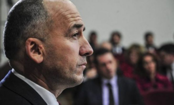 Kërcënohet kryetari i Pejës, Gazmend Muhaxheri