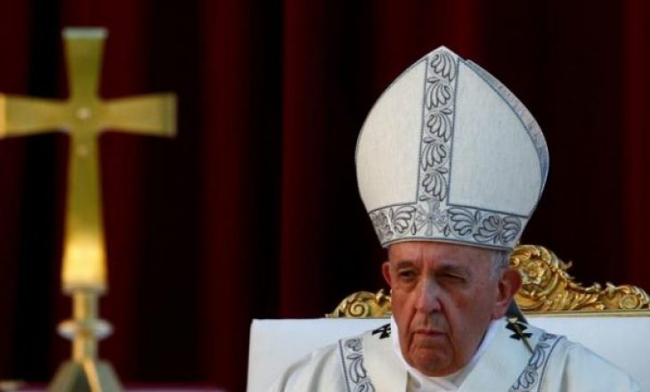 Papa viziton Tajlandën në nëntor