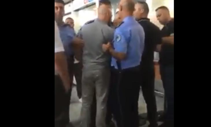 """Kërcënohen punonjësit që janë të gatshëm për punë në Aeroportin """"Adem Jashari"""""""