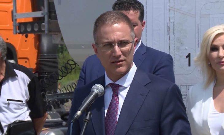 Stefanoviq: Po bisedojmë me çdo shtet për ta penguar hyrjen e Kosovës në Interpol