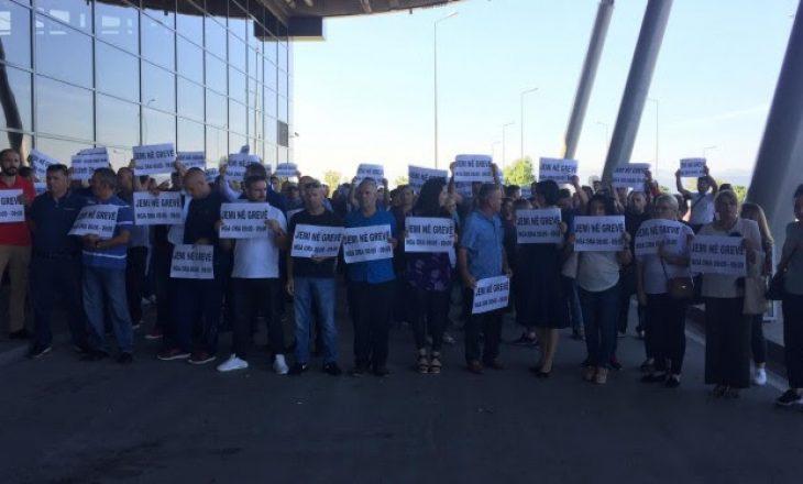 Greva e punëtorëve të aeroportit, ACC: Nuk janë vërejtur parregullsi