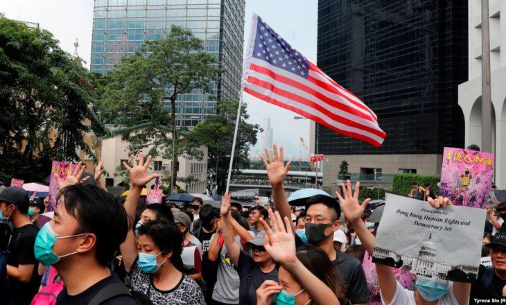 Ndalen protestat në Hong Kong në përkujtim të sulmeve të 11 shtatorit