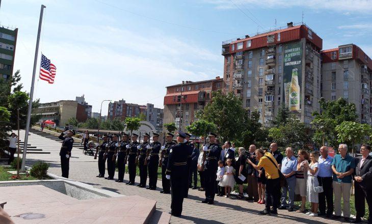 """""""Miqtë e Amerikës"""" Kosova nderon viktimat e sulmit terrorist të 11 shtatorit 2001 në SHBA"""