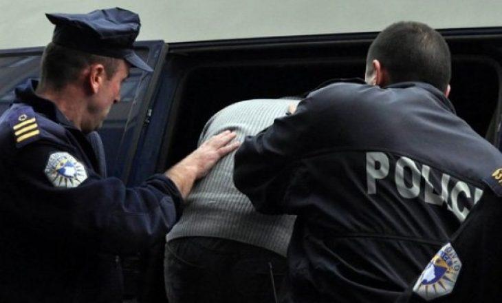 Arrestohen tre persona, mashtruan qytetarët për viza gjermane