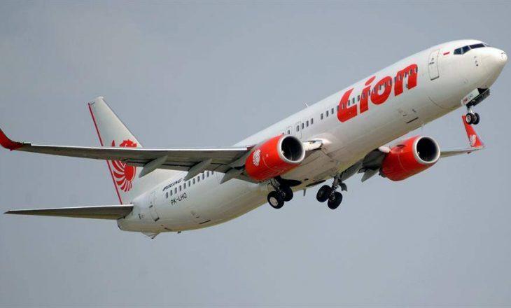 Aeroplani i Indonezisë u rrëzua për shkak të gabimit të pilotit dhe sistemit të ri MCAS