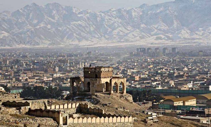 Një raketë godet ambasadën amerikane në Afganistan