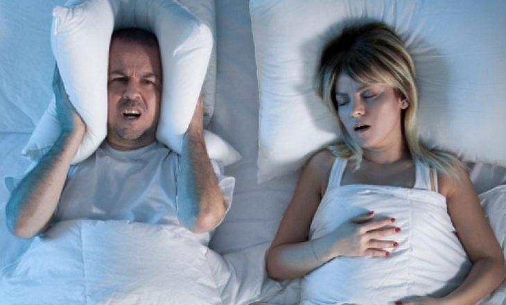 Pse ndodhë gërhitja gjatë gjumit – mjekët japin këtë shpjegim