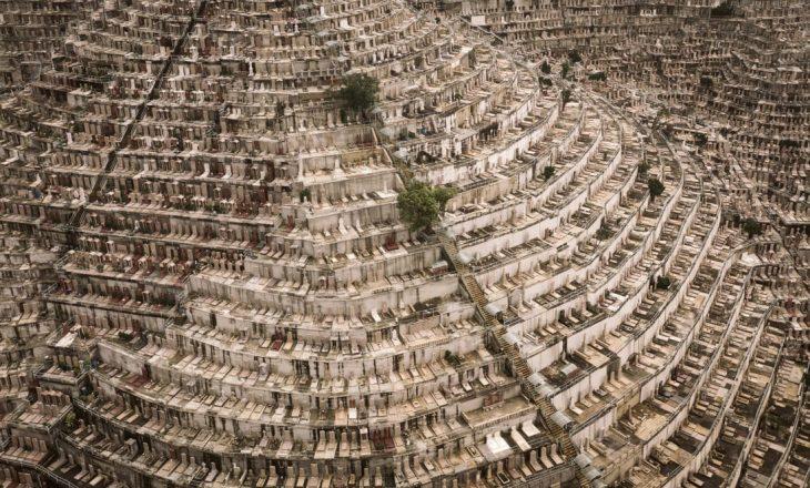 36 mijë dollarë për një vend varri – atje ku dhe të vdekurit janë mbipopulluar
