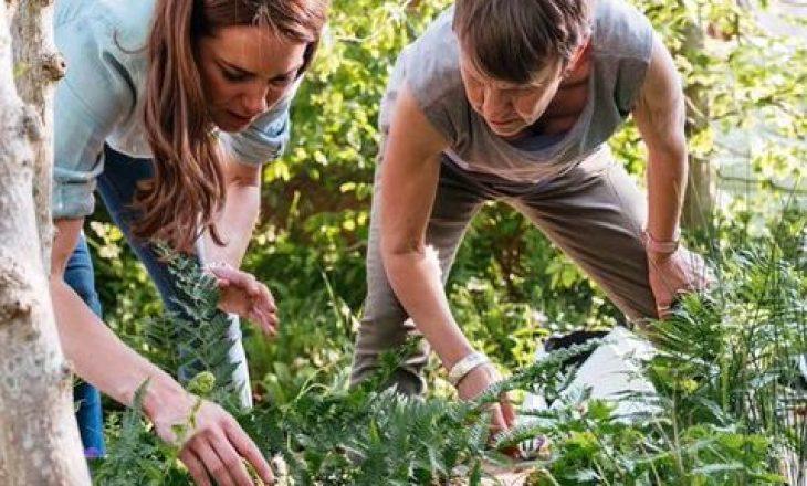 Dukesha Kate, një grua mbretërore që mbjell perime në kopshtin e shtëpisë