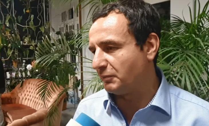 Kurti tregon se a do t'i respektojë simbolet e shtetit nëse bëhet kryeministër? (VIDEO)