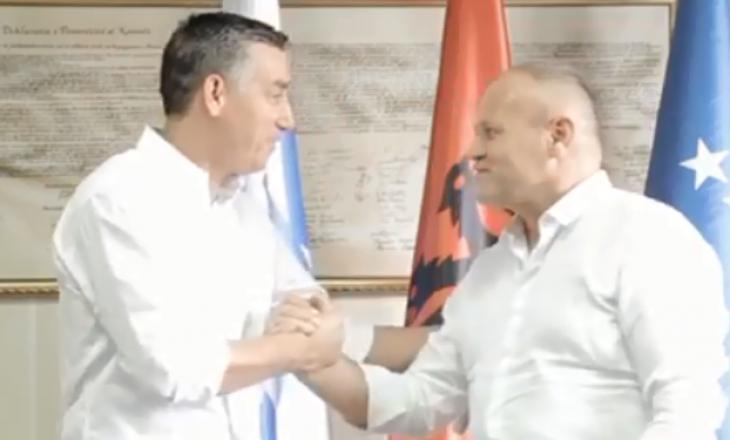"""Nexhmi Muçiqit të PDK-së i """"ngutet"""" fushata – kërkon vota për t'u bërë """"deputet nacional"""" (FOTO)"""