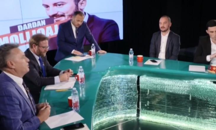 Moderatori i T7 flet për rrahjen e Molliqajt me Abazin: Neve na mbetet t'i shohim pamjet