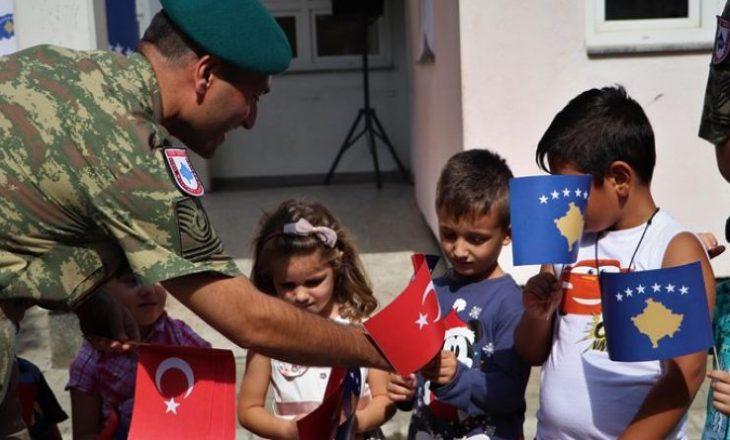 KFOR-i turk mbështetje fëmijëve me aftësi të kufizuara në Kosovë