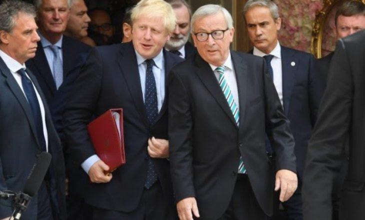 Asnjë përparim në takimin Juncker-Johnson për Brexit