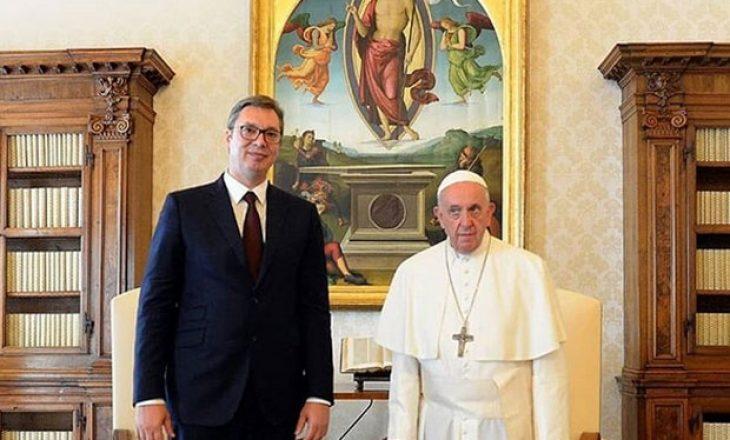Vuçiq është takuar me Papën: Vlerësojmë qëndrimin e Vatikanit ndaj Kosovës
