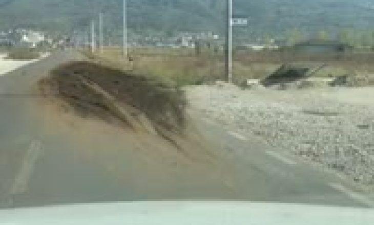 Stok plehu bagëtish në rrugën për Prizren
