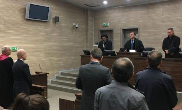 Agron Mustafa shpallet i pafajshëm në lidhje me kontratën me Z-Mobile