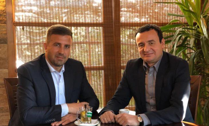 Kurti takoi ish-ministrin për fajin e të cilit u suspenduan policët që i shqiptuan gjobë