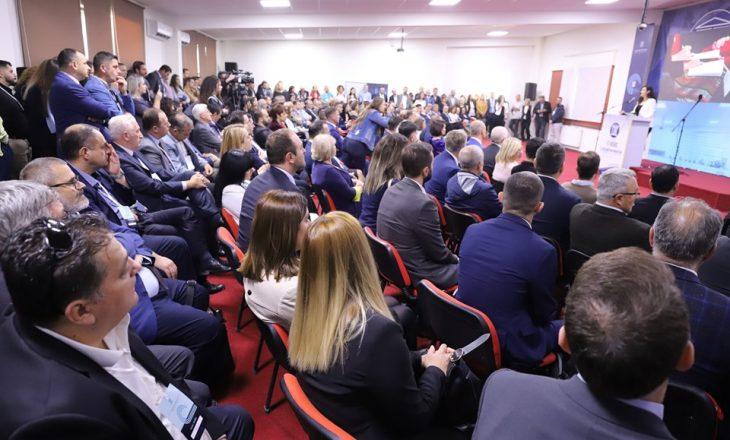 Në prani të më shumë senjë mijë pjesëmarrësve, nisi punimet Konferenca Ndërkombëtare e UBT-së