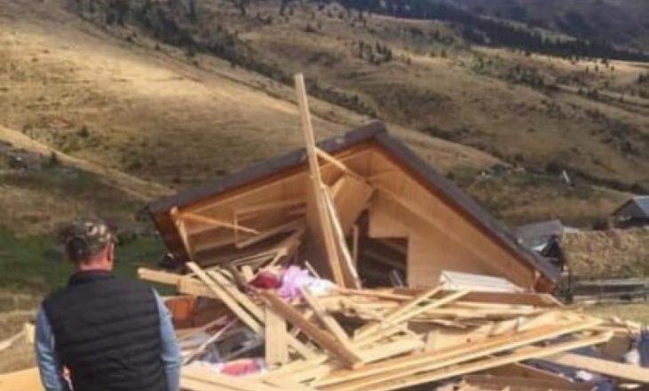 Mali i Zi rrënon stanet e kosovarëve në kufi, shqetësohen banorët