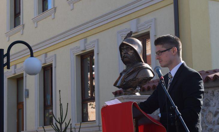 Zbulohet busti i Janos Hunyadit – guvernatorit të Mbretërisë së Hungarisë