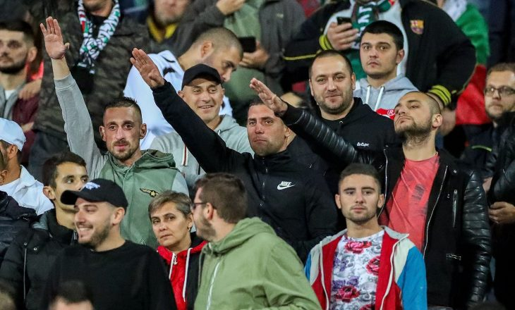 Arrestohen katër bullgarë për thirrje raciste kundër Anglisë