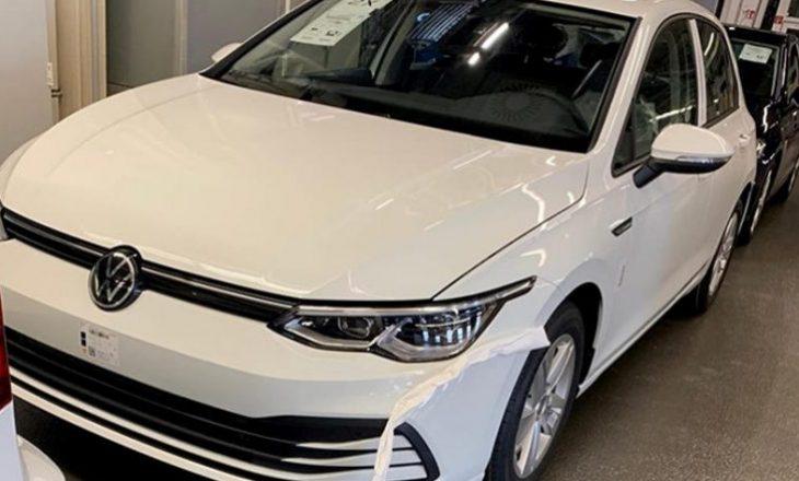 Volkswagen Golf është shfaqur në rrjetet sociale nga një grup çek, disa ditë para prezantimit zyrtar