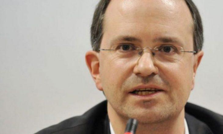 Weber: Për ta njohur Kosovën, diçka simbolike duhet të ketë për Serbinë