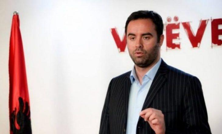Konjufca dënon sulmin mbi gazetarin Syla