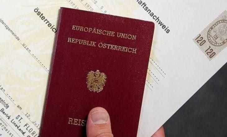 Austriaku 56-vjeçar u ka shitur leje qëndrimi 29 kosovarëve: 9000 euro për person