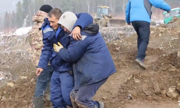 Shembet diga në minierën e arit në Rusi, 15 të vdekur