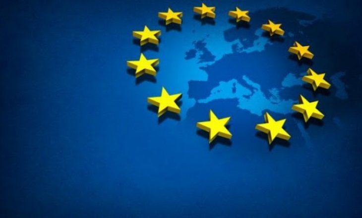 Media ndërkombëtare: Franca kritikohet për refuzimin e negociatave